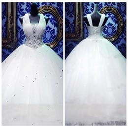Canada 2019 v-cou blanc sangles bouffantes corset robes de mariée robe robe de bal avec cristal perles Tull robes de mariée lacets dos personnalisé cheap wedding dress empire corset Offre
