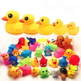 Wholesale Child S Toys - High Quality Baby Bath Duck Toys Sound Mini Yellow Rubber Duck Bathtub Duckling Toys Children Swimming Beach Gift