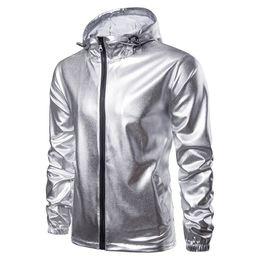 mode-uni-jacken für männer Rabatt Shiny Gold Jacket Men 2018 Fashion Hooded Zipper Jacket Nightclub Metallic Gold Shiny Jacken Men Veste Homme Slim Fit Varsity Bomberjacke