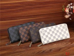 Wholesale womens pockets - 2019 AAAA high quality Hot Sell Luxury designers PU Leather mens and womens wallets purse card Holders Clutch handbags