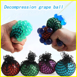 Wholesale mesh squeeze ball - Anti Stress Mesh Decompression Grape Ball 6CM Latex Colorful Relief Ball Stress Autism Mood Relief Hand Wrist Squeeze Toy For Kid toys.....