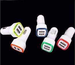 Yeni 5 V 2.1A Çift USB Bağlantı Noktaları Led Işık Araç Şarj adaptörü Evrensel Şarj Adaptörü iphone Samsung S7 HTC LG Cep telefonu nereden