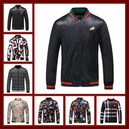 Wholesale long winter coat wool - 2018 Winter Luxury Fashion Brand Windbreaker Jacket Medusa Floral Print Jackets Men Casual Long Sleeve Outerwear Hooded Jackets Coats M-3XL