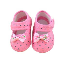 Обувь для девочки онлайн-2018 Hot Baby Girl Shoes Princess Polka Dots With Bowknot Soft Cotton Toddler Crib Infant Little Kid Sole Anti-slip First Walker