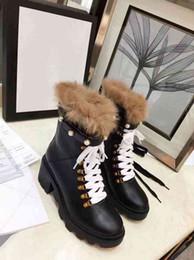 Botas de cowboy quentes on-line-Marca de Inverno Das Mulheres de Neve manter quente Tornozelo de Diamante Curto Cavaleiro Martin Botas de Cowboy Sapatos de Couro Reais Calçado Tamanho 35-40