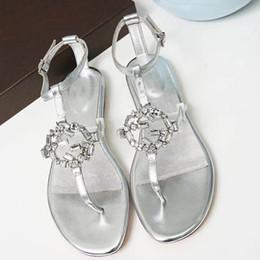 A68 2018 Nouvel été Détails de la chaîne en métal Sandales faites à la main Chaîne de quincaillerie boucle en or Sandales en cuir de mode ? partir de fabricateur