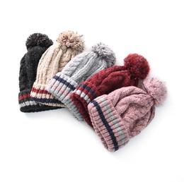 Sombrero de otoño e invierno de lana a rayas engrosamiento del sombrero más  gorro de terciopelo cabeza de lino al aire libre patrón sombrero de punto  ... 6306c7805ba