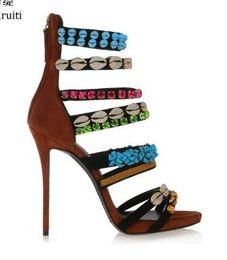 Strass de sandálias strappy on-line-2018 Moda feminina Cravejado Rhinestone Shells Gladiador Sandálias Com Tiras Roma Estilo Sapatos de Salto Alto Mulheres Sapatos Sexy Stiletto Heels Mulheres Bombas