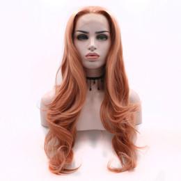 Недорогие розовые длинные парики онлайн-Дешевые Синтетические Парики Для Продажи Золото Розовый Длинные Природные Волны Синтетические Кружева Фронт Парик Термостойкие Роза Glueless С Волосами Младенца