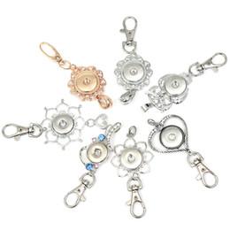 Rhinestones di modo 18mm Snap portachiavi fiore distintivo cordino portachiavi accessori fit bottoni a pressione gioielli fai da te gioielli fai da te chiave fibbia regali da