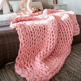 Шерстяные ковры ручной работы онлайн-Ручной вязать одеяло толстые тканые пряжи шерсти громоздкие ткачество бросить ковры ковер держать теплые мягкие одеяла для спальни 58 5DZ ZZ