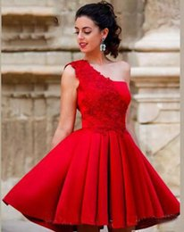 Vestidos cortos de un hombro rojo online-Nueva Red Mini Short A Line Homecoming Dresses Un hombro Hermosa Satén Vestidos de fiesta de graduación Sweet 16 Vestidos