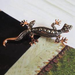 piedini gecko Sconti Punk esagerato Gecko Lizard Spilla - Bronzo Vintage rosso rame tono nero spilla di cristallo Accessori gioielli
