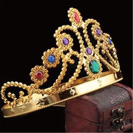corona de reinas gratis Rebajas Lo nuevo de Lujo Crystal Diamond King Y Queens Corona Sombreros Cosplay Holloween Party Birthday Princess Sombreros Gorras de Oro Regalos de Plata envío gratis