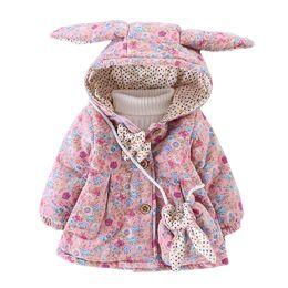 Chaqueta de conejo niña online-WYNNE GADIS Winter Baby Girls Estampado floral Conejo Lindo Oreja Con Capucha Arco Chaqueta de los niños Abrigo prendas de vestir exteriores de los niños con el bolso casaco