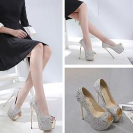 серебряный закрытый носок для новобрачных Скидка Горячие туфли на высоком каблуке Женские водонепроницаемые и бриллиантовые украшения для невесты Модная леди Удобная и нескользящая обувь для подружки невесты