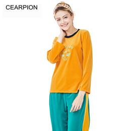 pijamas laranja mulheres Desconto CEARPION Nova Arrivl Laranja Mulheres Pijama Set Inverno Quente Sono Terno O Pescoço 2 PCS ShirtPant Doce Bonito Nightwear Casa Roupas