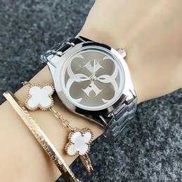 2019 grandes relógios para mulheres Marca de moda feminina menina Big G marcação estilo de aço do metal banda quartzo GS8302 desconto grandes relógios para mulheres