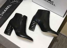 Argentina G 2018 moda temperamento de otoño mujeres botas cortas de alto grado de cuero genuino diseñador de moda marca señoras grandes zapatos cheap branded b grade shoes Suministro