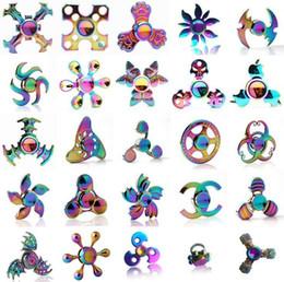 Canada 2017 nouveau 120 types Fidget spinner jouets Tri-Fidget Métal Coloré EDC Gyro Super-héros Dragon Arc-En-main spinners doigt jouet Offre