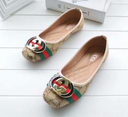 Dedos dos pés grandes chinelos on-line-Toe chinelos mulheres gbrand Flat shoes tamanho grande 35-42 sandálias flip-flops com sola de borracha com cinta de borracha web mulheres moda interior flip flop