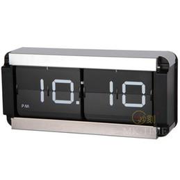 Canada Grande mode créative meubles de qualité supérieure pour l'affichage automatique boîte carrée en métal tournant page Horloge-C Offre
