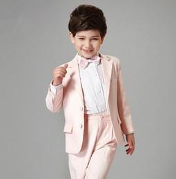 Maßgeschneiderte Zwei-Tasten-Kerbe Revers Rosa Kind Komplette Designer hübscher Junge Hochzeitsanzug Jungenkleidung Maßanfertigung (Jacke + Hose + Krawatte) 825 von Fabrikanten
