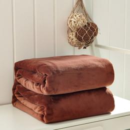 Couverture rose jumeau en Ligne-Épaissir Flanelle Quilt Couverture Sur Le Lit Très Lisse Reine Taille luxe couverture Pour Lit Twin Taille King Sommeil Rose Gris Couverture