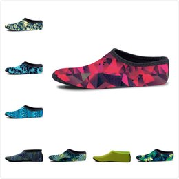 Wholesale wholesale polka dot socks - Non-slip Seaside Beach Shoes Swimming Quick Dry Socks Snorkeling Outdoor Sports Diving Socks Floral 3D Print Flippers Surfing Boots 17colors