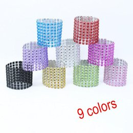 Wholesale wholesale rhinestone napkin rings - Plastic Rhinestone Wrap Napkin Ring Silver Color Napkin Buckle Hotel Wedding Supplies European Style Home Decoration XL-339