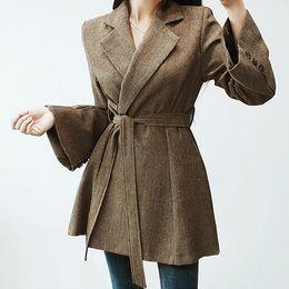 Seiwnibu 2018 coreano invierno mujer abrigo de lana moda Tweed Turn Down Collar cinturón Casual delgado flare manga gruesa falda abrigo desde fabricantes