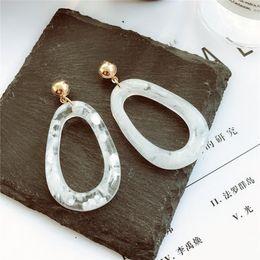 Estilo coreano Vintage Acetate Simple minimalista Pendiente Clear Acrylic cuelga geométrico Pendientes para mujeres Green Female Jewellery desde fabricantes