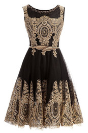petite prom gowns Promo Codes - 2019 Short Homecoming Graduation Dresses Gold Lace Black Jewel Neck With Belt Short Prom Evening Gown