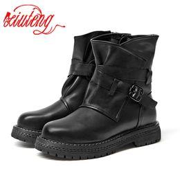 Canada vente en gros marque plat avec chaussures femme bottes 100% cuir véritable femmes bottes 2018 chic moto bottes femme hiver chaussures cheap female flat motorcycle boots Offre