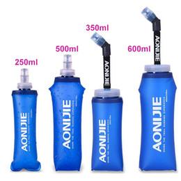 Bolsa de botella de agua bicicleta online-AONIJIE Deportes Plegable BPA TPU Botella Suave Libre Bici de La Bicicleta Camel bolsa de Vejiga de Agua 500 ml 250 ml 350 ml 600 ml
