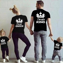 Wholesale Couples Summer Clothing - 2018 Summer Matching Family Clothes Casual Solid Short Sleeve Cotton T-shirt King Queen Couples T shirt Crown Printed Funny Tops