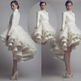 Plumas baratas de la boda online-Chic 2019 Barato Tallas grandes Vestidos de novia Vestidos de novia con mangas Cuello alto Alto Bajo Satén Plumas Krikor Jabotian Vestidos de boda