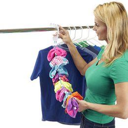 Canada 5 pcs Haute Qualité Utile Chaussette Organisateur Facile Clips Serrures Sales Chaussettes Crochet Chaussette Dock Titulaire Racks Saving Espace Offre