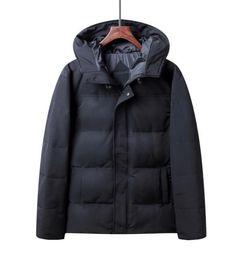 Nuevo estilo Hombres Chaquetas de invierno de pluma de ganso Abrigos Chaqueta de abrigo con capucha al aire libre Hombres Parkas 00815 desde fabricantes