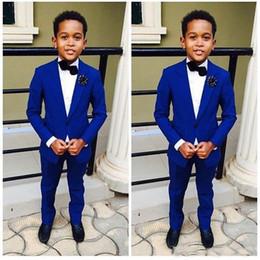 Tuxedos de marié de mariage de Royal Blue Kid Costumes formels de fête d'enfants de deux garçons (veste + pantalon) ? partir de fabricateur