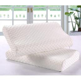 Masaje cuello cabeza almohada online-Soft Wave Memory Foam Pillow Slow Rebound Memory Almohada Neck Head Rest Comfort Cuidado de la salud Masaje Partículas de espuma