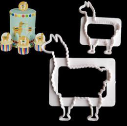 2019 camelos plásticos 2PICS Padrão de Camelo De Plástico Fandant Molde Patisserie Gateau Bolo de Pastelaria Ferramentas de Cozimento Cupcake Toppers Moldes de Cozimento desconto camelos plásticos
