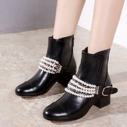 b07bee4d67d 2019 botas de noche negras Botas de lujo con perlas Moda New Hot Black  Cowhide Botas