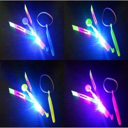 Wholesale led kids favor wholesale - LED Arrow Helicopter LED Amazing Arrow Flying Helicopter Umbrella Parachute Kids Toys LED Light Christmas Party Favor CCA10053 2000pcs