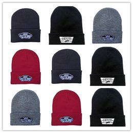 sun bonnet cap Promo Codes - Free Shipping men brand Tom classic knitted  hats casual skull e7ef30df90e4