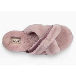 Pantofole WGG di marca di lusso Caldo Pantofola per interni per le scarpe  da donna della signora Girl Villus Soft di alta qualità pantofole morbide  per la ... 50c1e80e7e3
