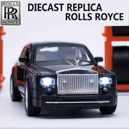 Wholesale train scale model - Collectible Diecast Rolls Royce Scale Models, Alloy Car, Brand Metal Toys For Children With Sound Light Pull Back Function