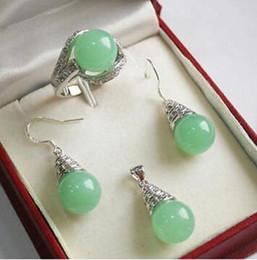 2019 hellgrün jade anhänger gold Art- und Weisefrauen 12mm hellgrüner Jade-hängender Halsketten-Ohrring-Ring eingestellt günstig hellgrün jade anhänger gold