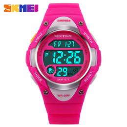 6b8bbdb84a89 Skmei moda niños relojes al aire libre alarma de la semana de la exhibición reloj  cronómetro impermeable reloj chico chica reloj digital regalo de los niños
