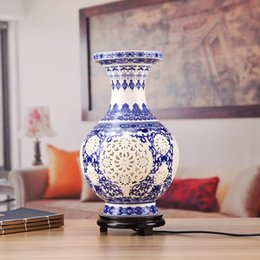Wholesale Ceramic Vase Antique - Free Shipping Antique Chinese Flower Vase Desk Lamp Blue and White Ceramic Table Lamp